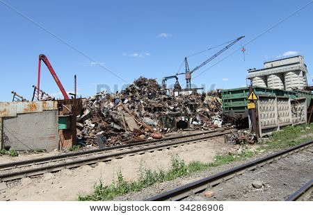 The site for the processing of scrap