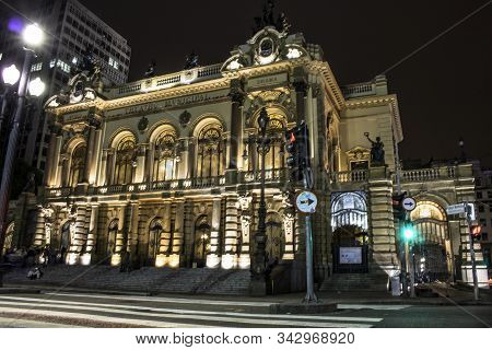 Sao Paulo, Brazil,  November 23, 2017: Facade Of Municipal Theater Of Sao Paulo At Night. Built In 1