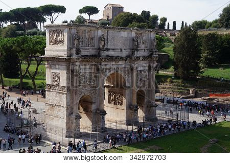 Rome, Italy - October 13, 2019: View Onto The Arch Of Constantin From The Coliseum