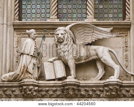 Doge and winged lion