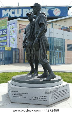Jackie Robinson and  Pee Wee Reese Statue in Brooklyn
