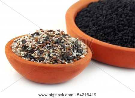 Isabgul, Basil Seeds And Nigella
