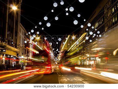 Oxford street christmas lights and buses
