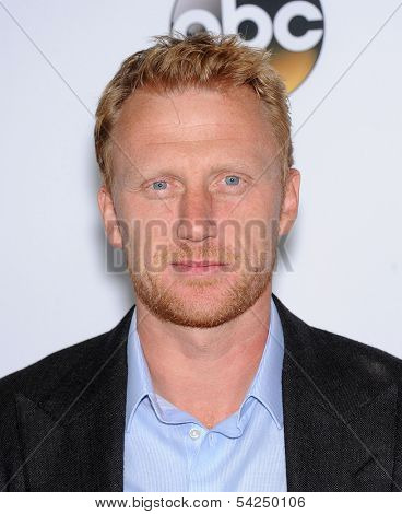 LOS ANGELES - SEP 28:  Kevin McKidd arrives to