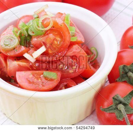 fresh salad of tomatoes