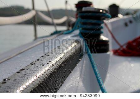 Black Carbon fibre reinforcement & winch