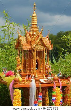Spirit House / San Phra Phum