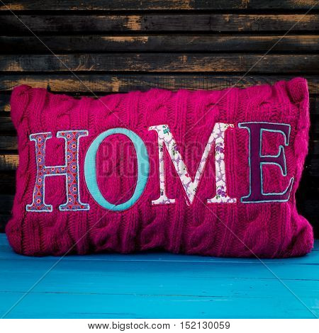 The Inscription On The Pillow Home