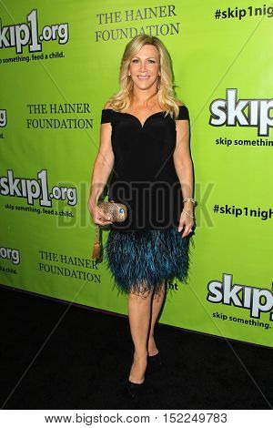 LOS ANGELES - OCT 15:  Kym Douglas at the Skip1 Night Event at Loews Hollywood on October 15, 2016 in Los Angeles, CA