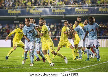 VILLARREAL, SPAIN - OCTOBER 16th: Various players during La Liga soccer match between Villarreal CF and R.C. Celta de Vigo at El Madrigal Stadium on October 16, 2016 in Villarreal, Spain