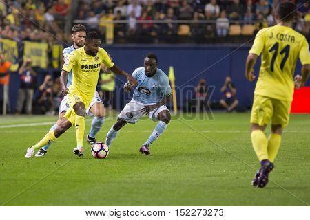 VILLARREAL, SPAIN - OCTOBER 16th: Pione Sisto during La Liga soccer match between Villarreal CF and RC Celta de Vigo at El Madrigal Stadium on October 16, 2016 in Villarreal, Spain