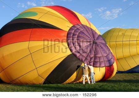 Hot Air Balloon - Preparing For Flight
