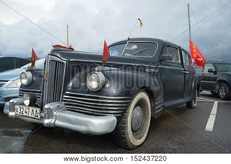 KRONSTADT, RUSSIA - SEPTEMBER 04, 2016: the First Soviet post-war passenger Executive class car ZIS 110 1945 - the participant of parade of vintage cars