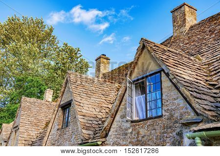 traditional british cottage house architecture in Cotswolds