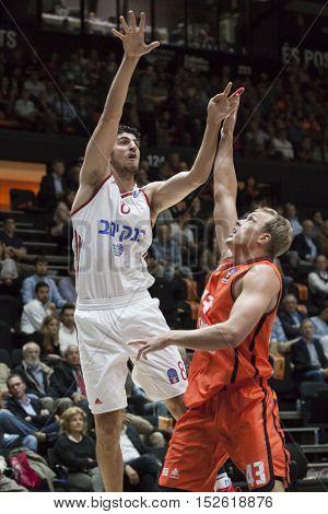 VALENCIA, SPAIN - OCTOBER 19th: (L) Lior Eliyahu during Eurocup match between Valencia Basket and Hapoel Bank Yahav Jerusalem at Fonteta Stadium on October 19, 2016 in Valencia, Spain