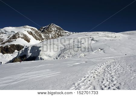 climbing vincent pyramid on monte rosa during summer