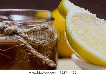 Set Of Lemon And Honey For The Treatment Or Detoxification.