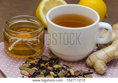 Set Honey Lemon And Ginger For Home Treatment Of Patient.