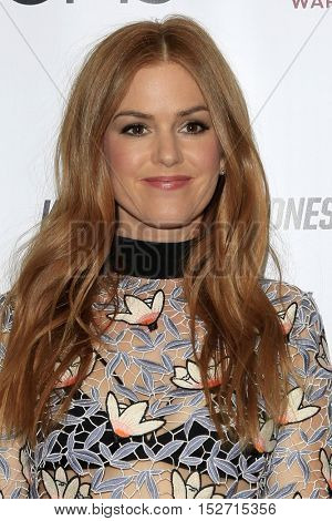 LOS ANGELES - OCT 20:  Isla Fisher at the The Moms Present a Screening of 'Keeping Up With the Joneses' at London Hotel on October 20, 2016 in West Hollywood, CA