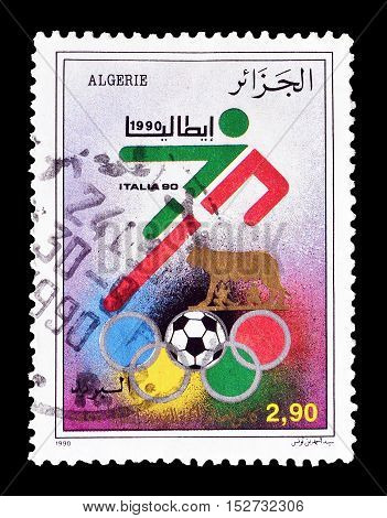ALGERIA - CIRCA 1990 : Cancelled postage stamp printed by Algeria, that shows Football player.