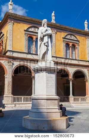 VERONA ITALY- September 08 2016: View on Dante Alighieri monument at the center of Piazza dei Signori.