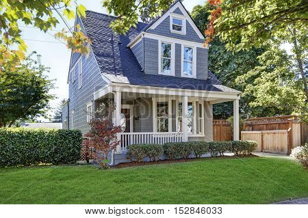 Beautiful Curb Appeal. American House With Well Kept Front Yard.