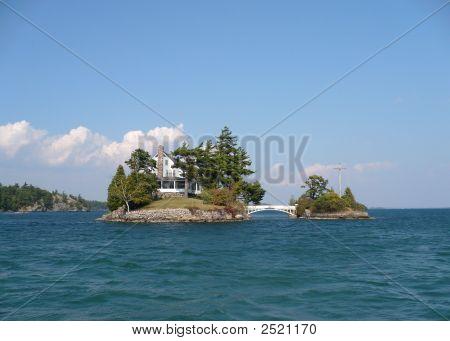 1000 Islands 2