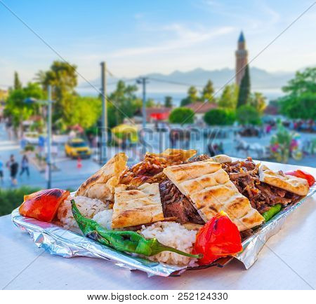 The Restaurants Of Antalya Boasts Traditional Delicious Dishes Of Turkish Cuisine - Doner Kebab, Ser