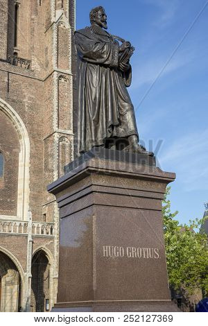 Delft, Netherlands - July 03, 2018: Monument To Hugo Grotius, Dutch Lawyer And Statesman. He Laid Th