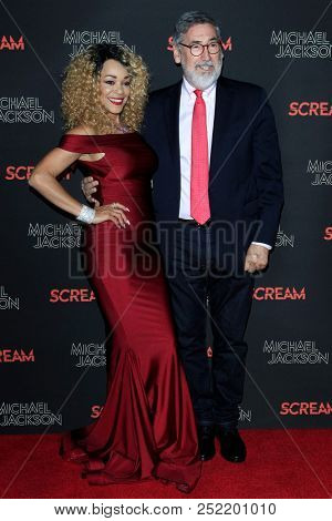 LOS ANGELES - OCT 24: Ola Ray, John Landis at  Michael Jackson Scream Halloween Takeover at TCL Chinese Theatre IMAX on October 24, 2017 in Los Angeles, California