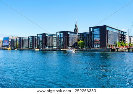 Copenhagen, Denmark - July 9, 2018. Beautiful Modern Architecture Of Copenhagen On The Bank Of The C