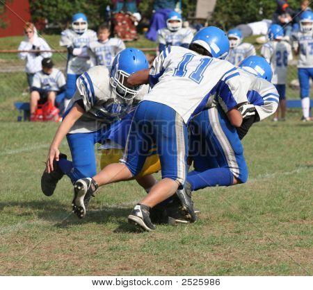 Youth Teen Football Play 5