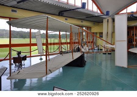 North Carolina, Usa - May 6, 2012: Model Of First Airplane In Wright Brothers National Memorial, Kil