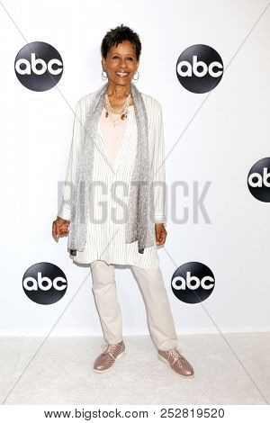 LOS ANGELES - AUG 7:  Vernee Watson at the ABC TCA Party- Summer 2018 at the Beverly Hilton Hotel on August 7, 2018 in Beverly Hills, CA