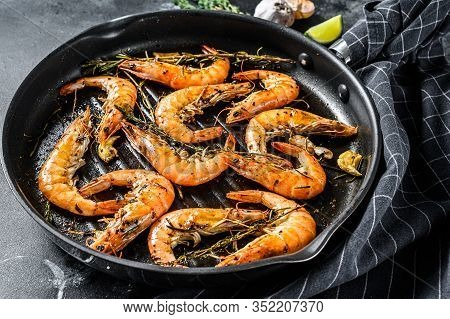 Shrimp, Prawn Scampi Traditional Dish Fried In Garlic Batter With Lemon And Parsley. Healthy Food. B