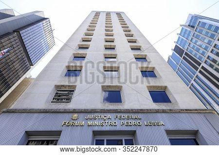 Forum Minister Pedro Lessa, Paulista Avenue