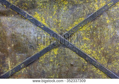 Obsolete Painted Industrial Flat Iron Panel Texture With Welded Steel Diagonal Cross Stripes For Rig
