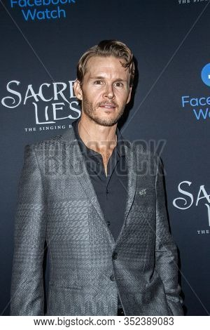 Ryan Kwanten arrives at the