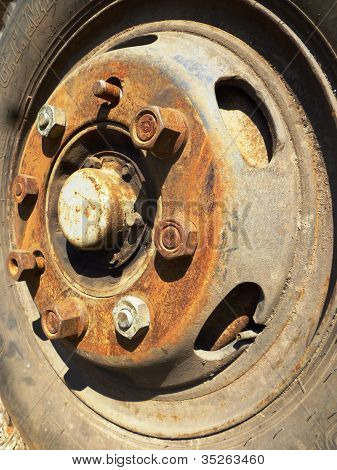 old car rim
