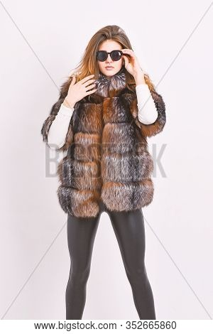 Winter Elite Luxury Clothes. Female Brown Fur Coat. Fur Store Model Enjoy Warm In Soft Fluffy Coat W