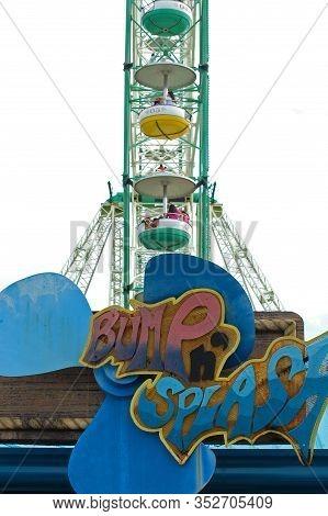 Laguna, Ph - Nov 7: Enchanted Kingdom Theme Park Bump And Splash Ride Signage On November 7, 2009 In