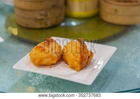 Closeup Photo Of Deep-fried Prawn In Hong Kong Dimsum Restaurant