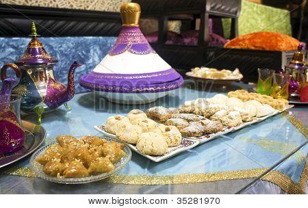 moroccan food and tea