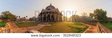 Tomb Of Isa Khan In The Humayuns Tomb Complex, New Dehli, India, Panorama
