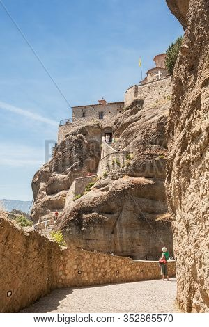 Meteora Monasteries, Staircase To Varlaam Monastery Located On Top Of Sheer Cliffs