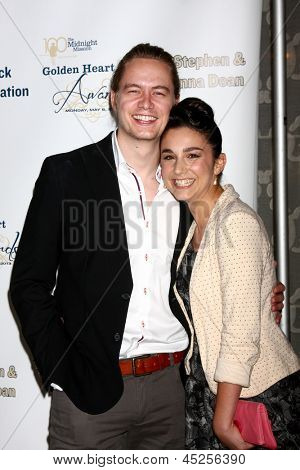 """LOS ANGELES - MAY 6:  Christoph Sanders, Molly Ephraim arrives at the 2013 Midnight Mission's """"Golden Heart Awards"""" at the Beverly Wilshire Hotel on May 6, 2013 in Beverly Hills, CA"""
