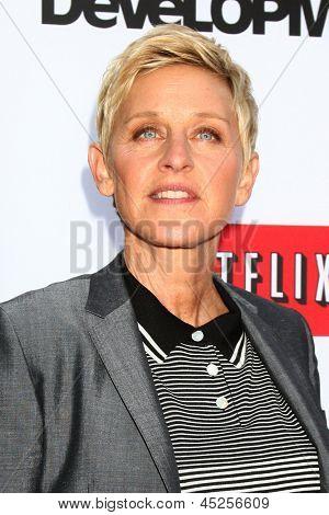 LOS ANGELES - APR 29:  Ellen DeGeneres arrives at the