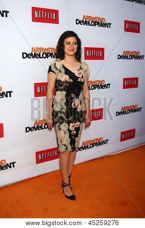 LOS ANGELES - APR 29:  Alia Shawkat arrives at the