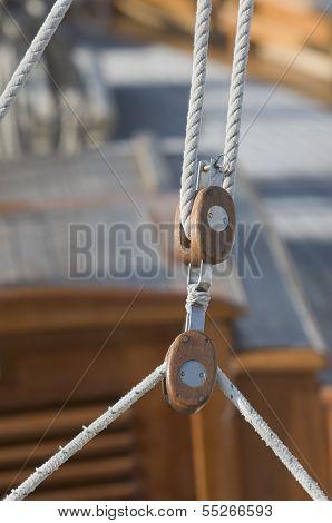 Sailing Pulleys