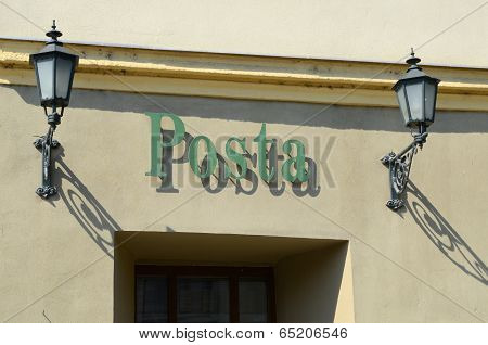 entrance to the premises of the postal service
